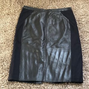 Halogen Leather pencil skirt
